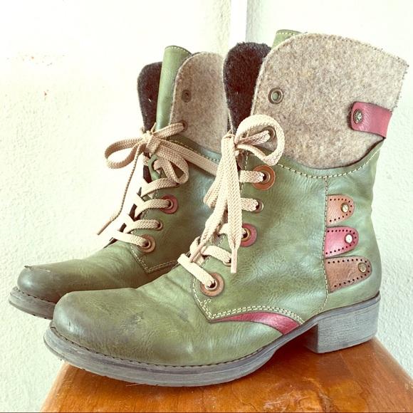 """Rieker Boots. """"Fergie"""" model."""